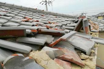 令和元年房総半島台風で被害を受けた瓦屋根