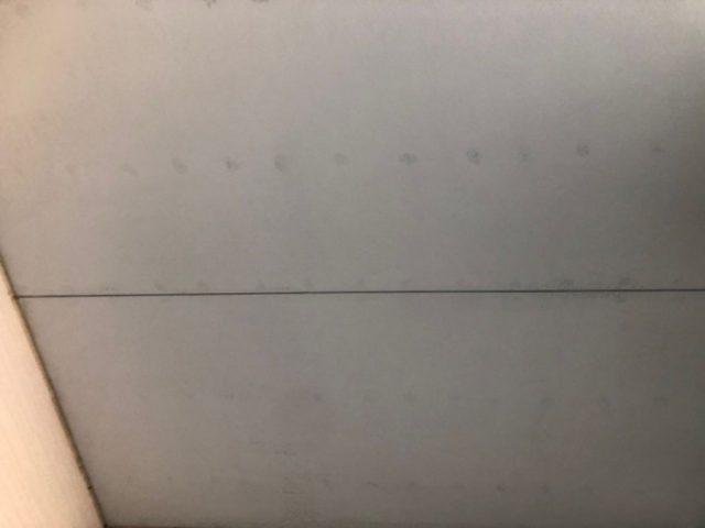 【宮崎県都城市】都北町にある29坪の住宅で98平方メートルのコロニアル屋根と雨戸・雨樋・軒天を塗装します!軒天上塗り_1_確定