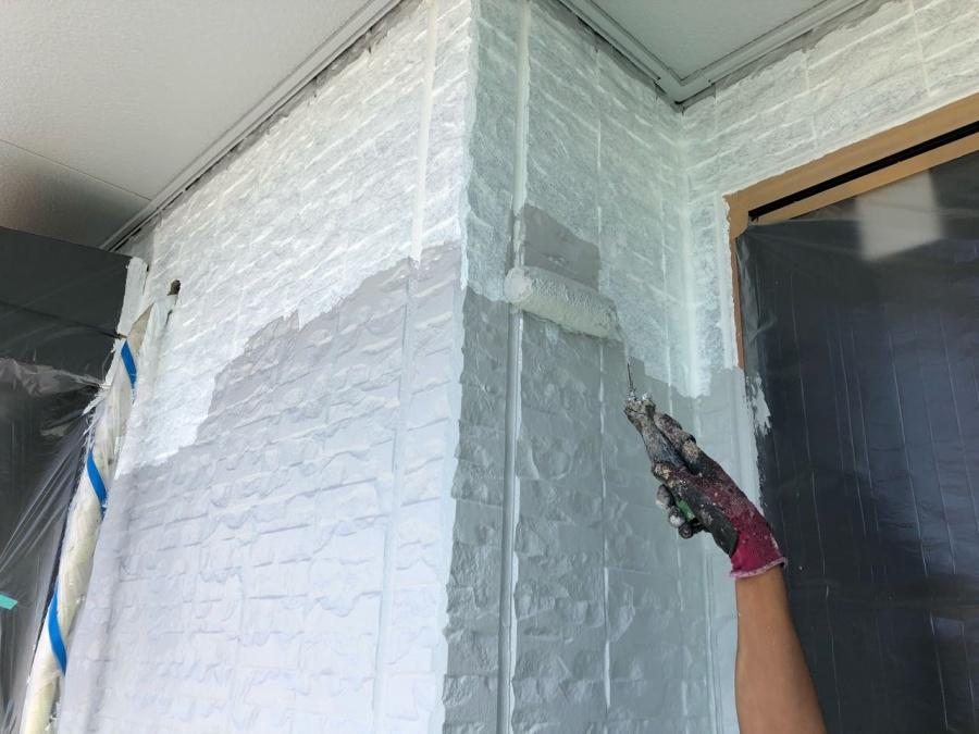 外壁中塗り 塗装