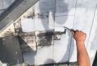 【宮崎県宮崎市】学園木花台にある薄いピンク色の住宅で屋根の補修や付帯部の塗装をおこないました!下塗り