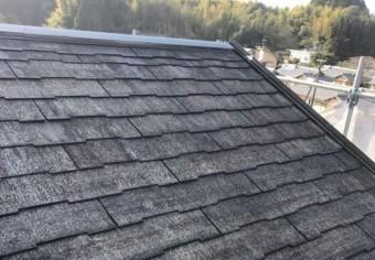【宮崎県西都市】岩爪で黒い屋根の下塗り〜中塗りまでをおこないました!下塗り