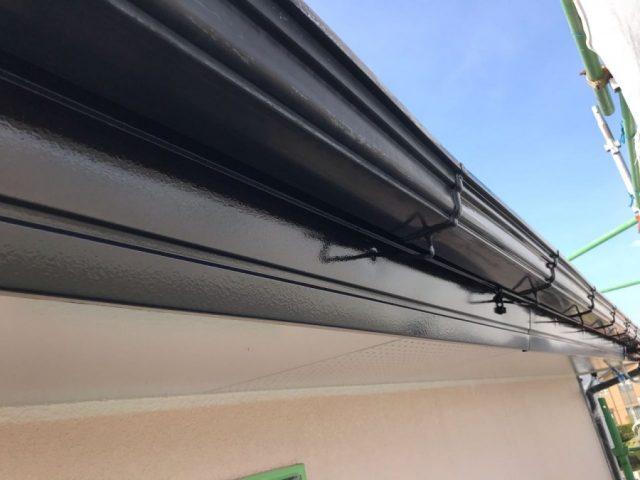 【宮崎県宮崎市】跡江にある39坪の住宅で119平方メートルのコロニアル屋根と雨樋・軒天を塗装します!雨樋上塗り_1_確定