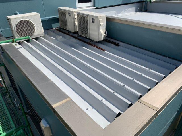 【宮崎県宮崎市】橘通西にあるALC外壁の住宅でコロニアル屋根を塗装しました!折半屋根_1_確定