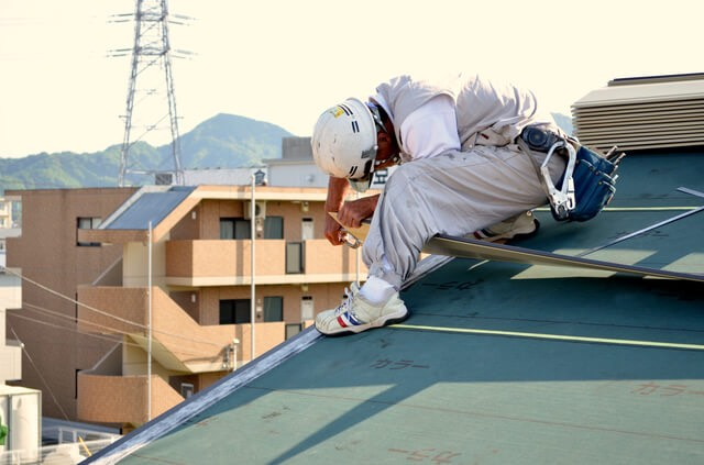屋根補修工事 様子