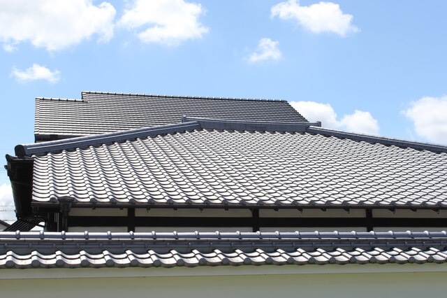 陶器瓦 屋根の様子