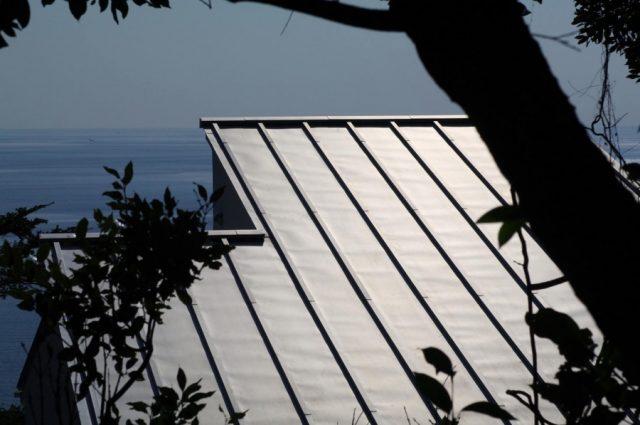 ガルバリウム鋼板縦葺き横葺き