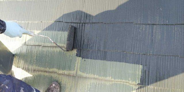【宮崎県宮崎市】宮脇町にある住宅の106平方メートルある屋根を塗装していきます屋根中塗り_1_確定