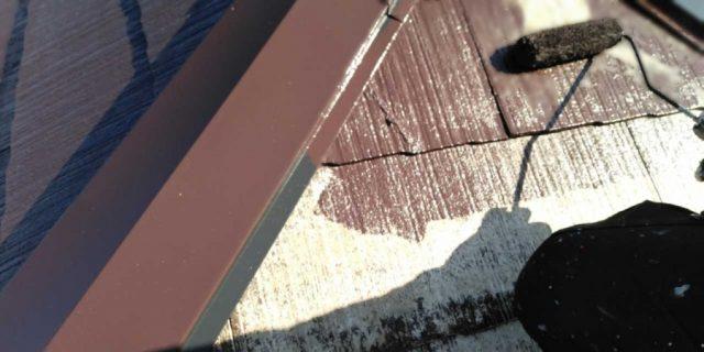【宮崎県宮崎市】佐土原町にある30坪の住宅で100平方メートルのコロニアル屋根と雨戸・雨樋・軒天を塗装します!屋根中塗り_1_確定