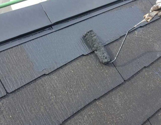 【宮崎県宮崎市】清武町にある35坪の住宅で屋根をセミフロンルーフ(スレートブラック)で塗装していきます!屋根中塗り_1_確定