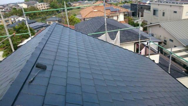 【宮崎県宮崎市】月見ヶ丘の住宅の148平方メートルある屋根を塗装していきます屋根上塗り_1_確定
