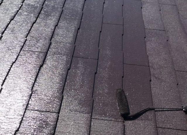 【宮崎県宮崎市】清武町にある41坪の住宅で屋根をセミフロンルーフ(コーヒーブラウン)で塗装していきます!屋根上塗り_1_確定