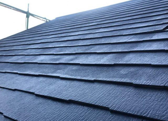 【宮崎県宮崎市】橘通西にあるALC外壁の住宅でコロニアル屋根を塗装しました!屋根上塗り_1_確定