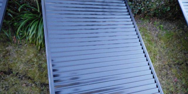 【宮崎県宮崎市】宮脇町にある住宅の106平方メートルある屋根を塗装していきます雨戸上塗り_1_確定